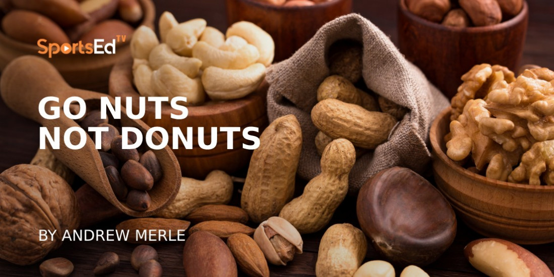 Eat Walnuts and Almonds to Improve Your Health