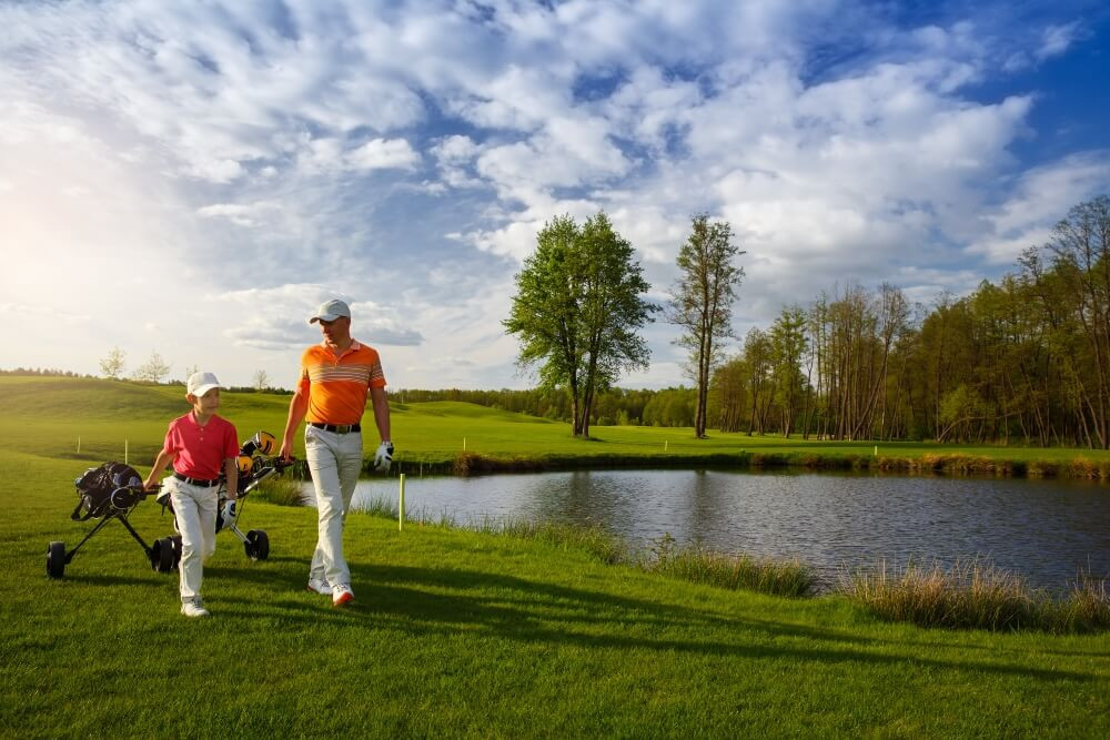Important Steps to Developing a Young Golfer
