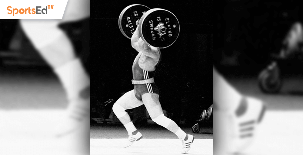 Split Jerk Footwork Details: Which Foot Lands First?