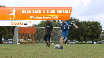 DRAG BACK & TURN DRIBBLE - Winning Dribbling Skills • Ages 14+